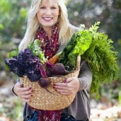 Headshot_LoriLange_FarmersMarket-reduced300